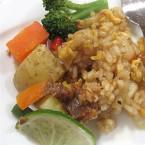 「インドネシア! 温野菜のガドガド」と「魚介のナシゴレン」の試食