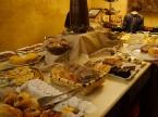 AC パラシオ サン エステバンのレストランで朝食