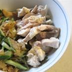 中華前菜の蒸し鶏