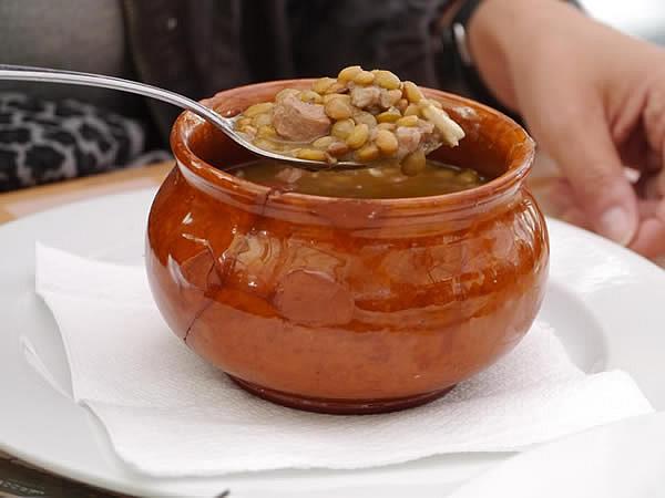 豚肉とお豆の煮物