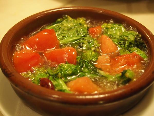 アヒージョ(菜の花とトマト)